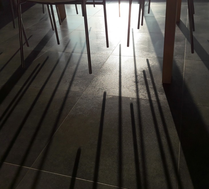 Ombres chaises table.jpg