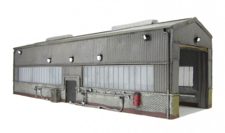 44-126_Bachmann servicing shed_2.jpg