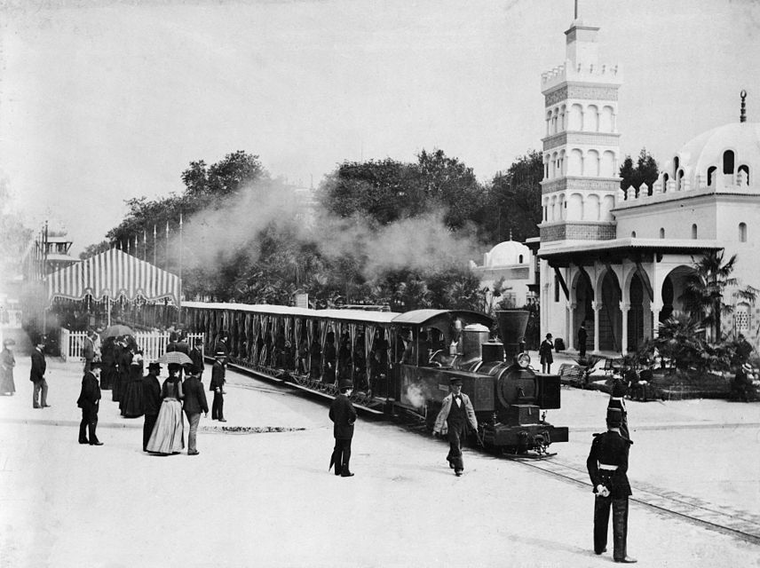 Paris_Exposition_train_1889.jpg